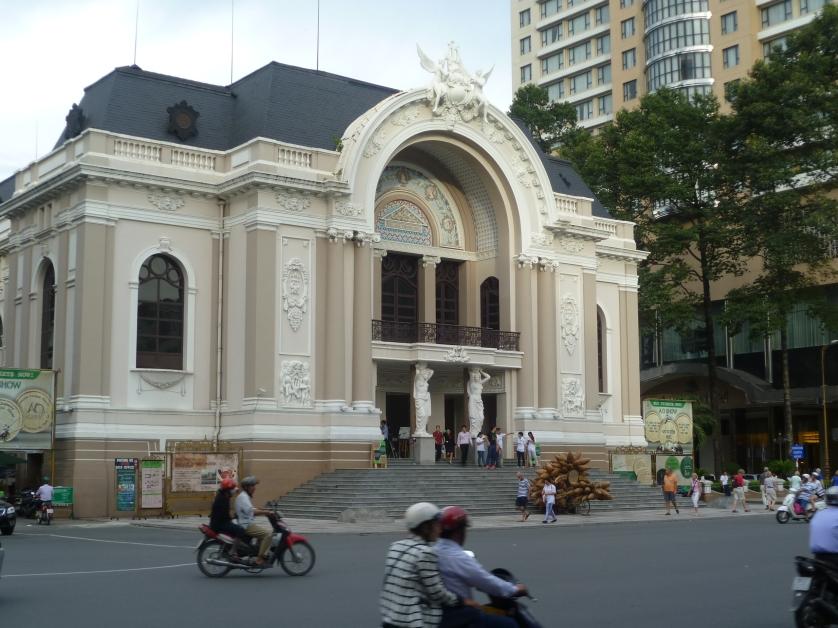 Alte Oper, Saigon