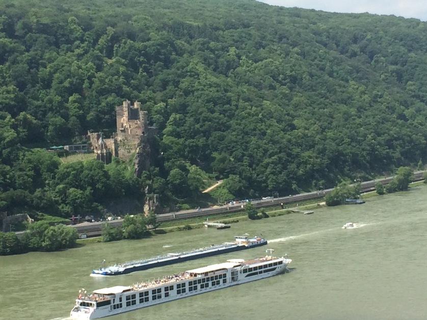 Burg Mittelrheintal